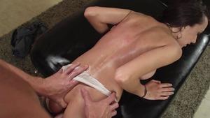 big booty latinas twerking
