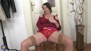 sissy anal dildo poppers